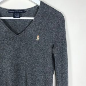 Ralph Lauren Sport • Women's v-neck gray sweater